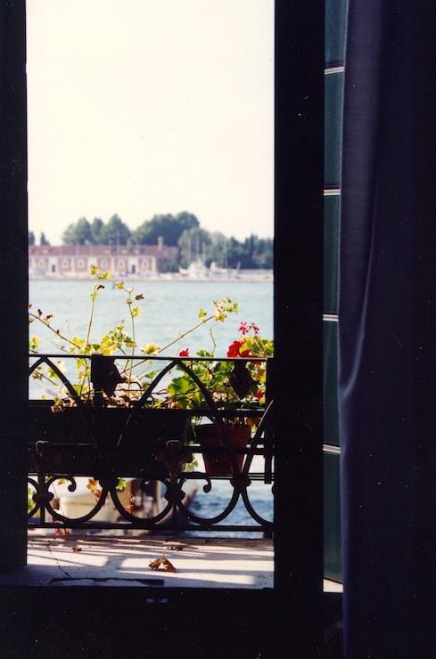 002_finestra 740